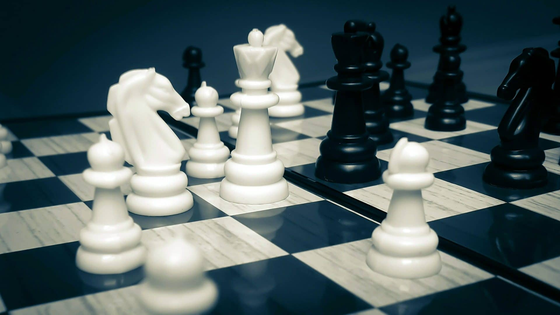 ajedrez-piezas-tablero